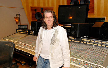 Mike Shipley in studio - 5 Top Mix Engineers U should Know in Country Music!
