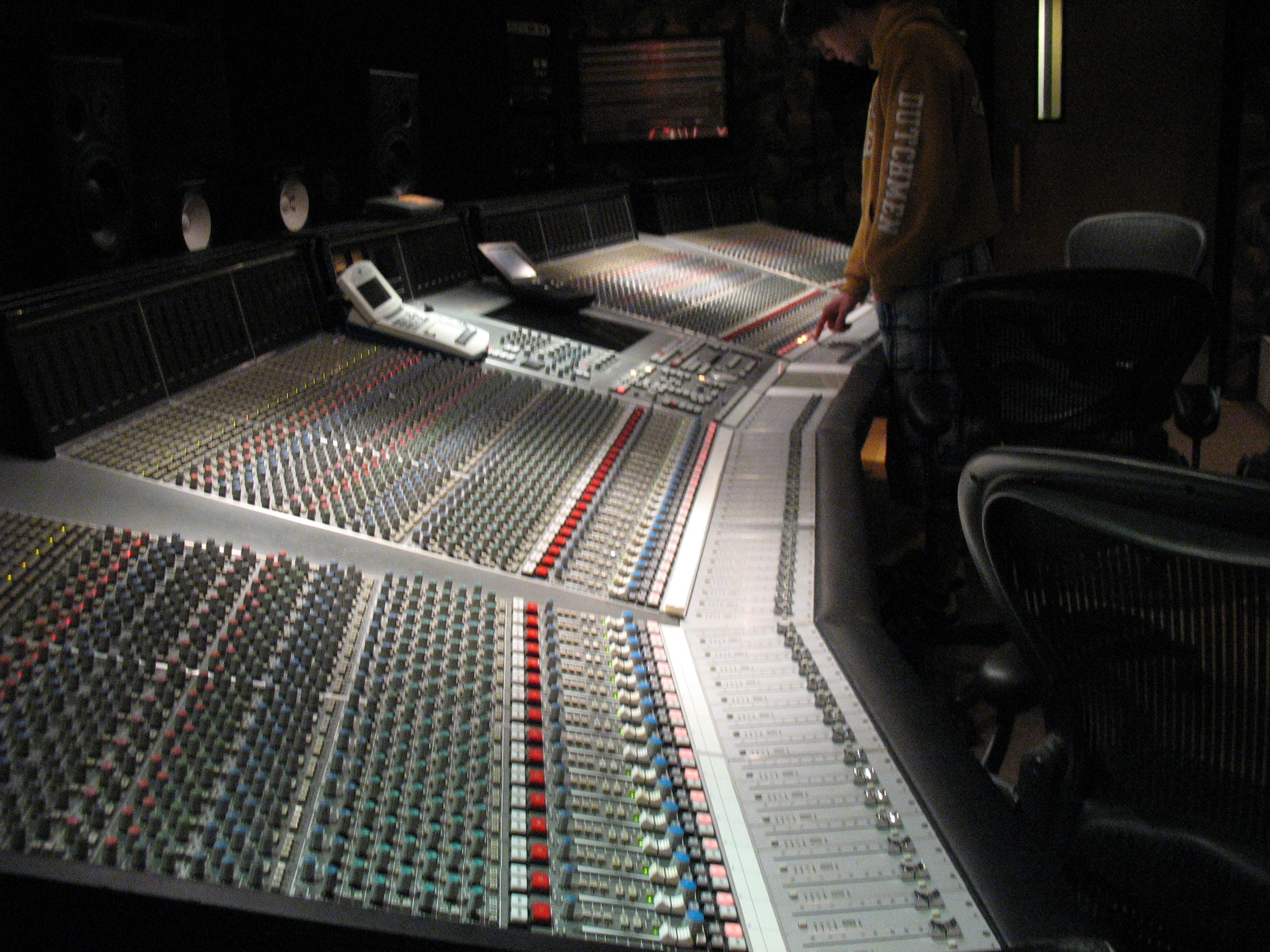 SSL J 9000, Recording Audio Engineer - How To Lose Clients