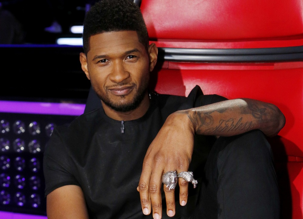 "Usher ""The Voice"" shot - Name That Mic - Celebrity Microphone Trivia!"